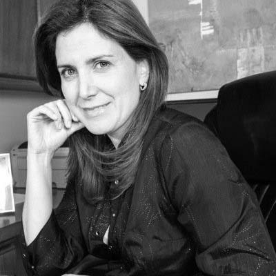 Marcela Music es psicóloga y Gerente en Transearch Chile. Consultora en Selección y DO. Cuenta con amplia experiencia en psicología clínica y educacional, además de contar con estudios de postgrado en meditación y Mindfulness.